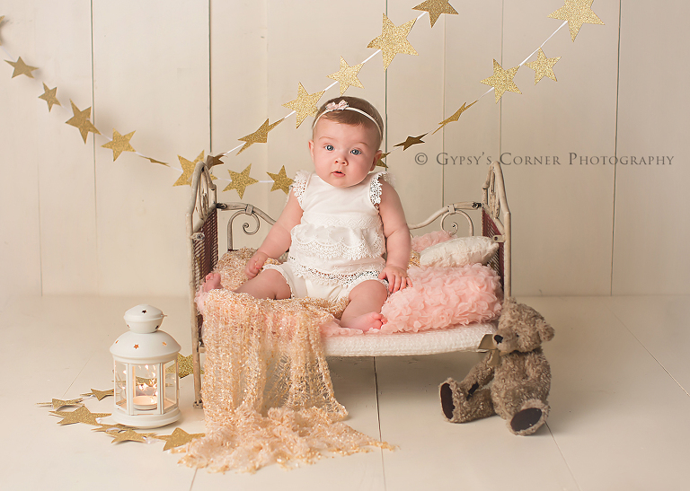 Bufffalo Baby Photographer - Star Themed Milestone Session by Gypsys Corner Photography (1)