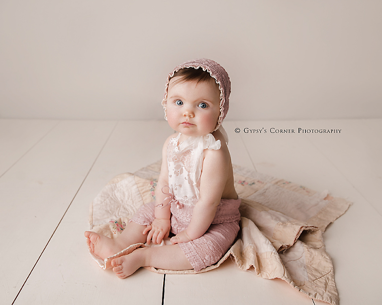Buffalo Milestone Photographer-Six month old baby girl