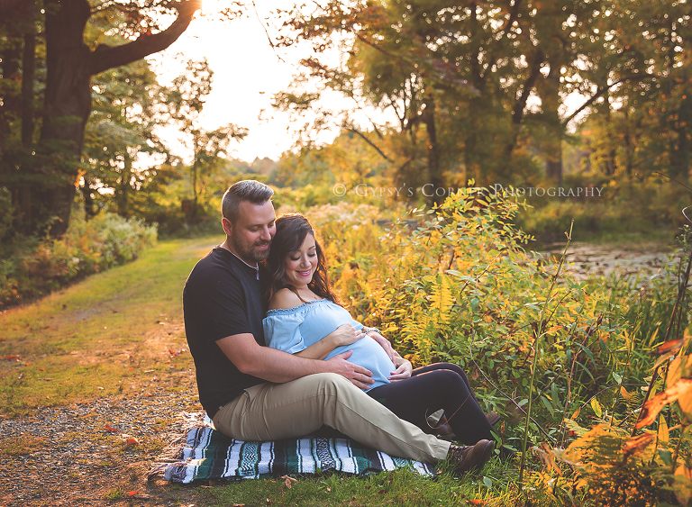 Maternity Photography Session - Expecting couple at Reinstein Woods Depew NY by Gypsy's Corner Photography