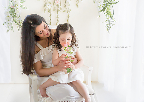 Buffalo Newborn Photographer - Mom and daughter for Mothers day